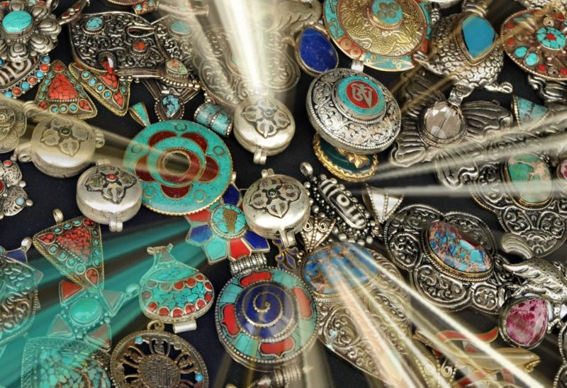 Buddhist jewelry meaning